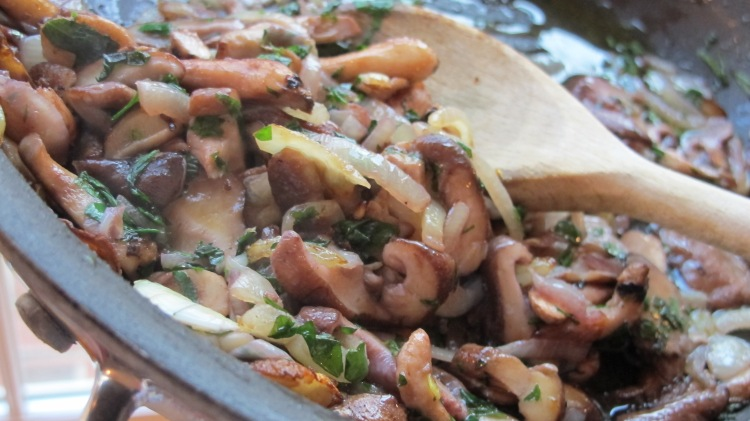 Mushroom and Onion Saute